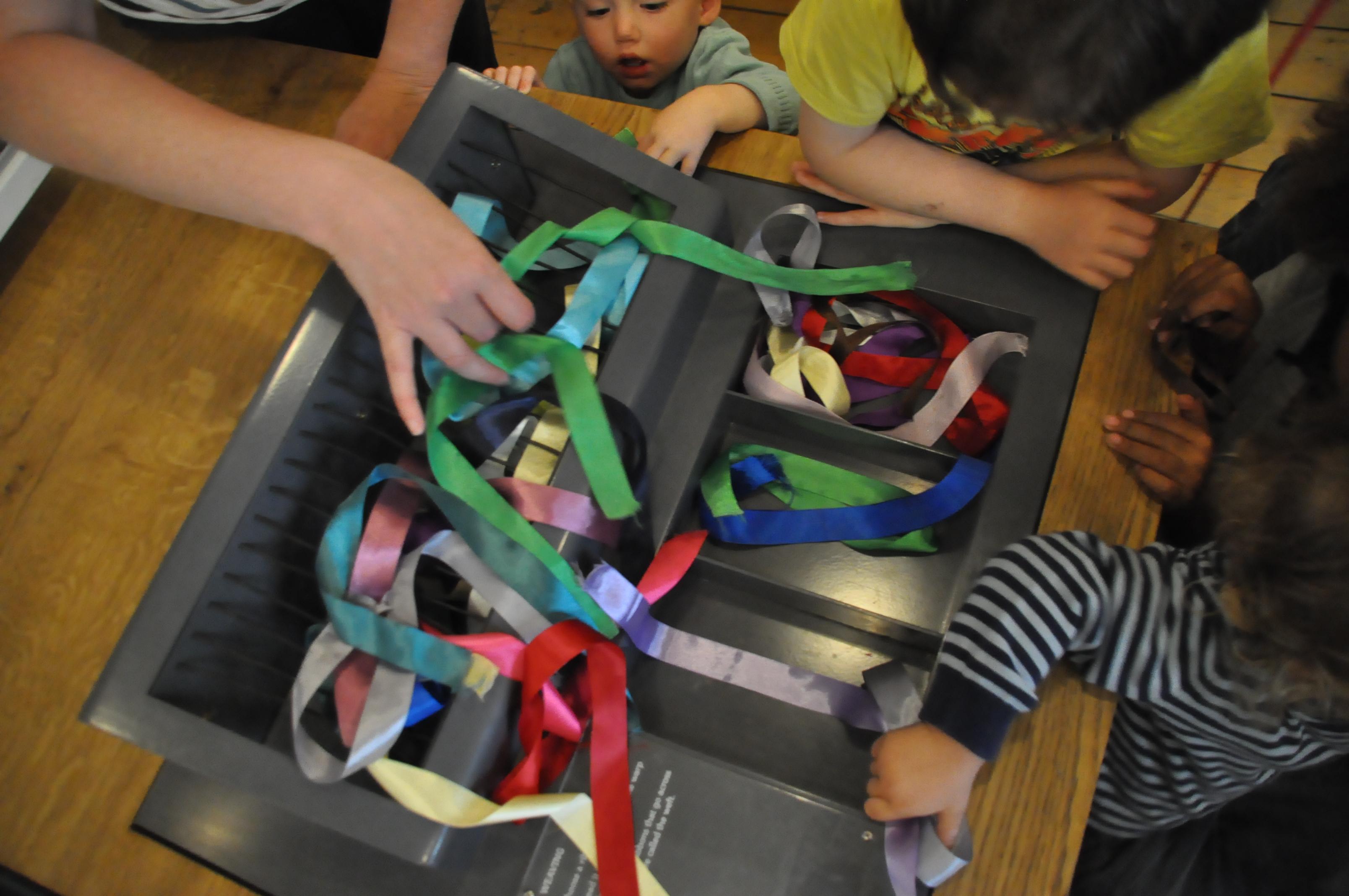 Hands-on weaving interactive